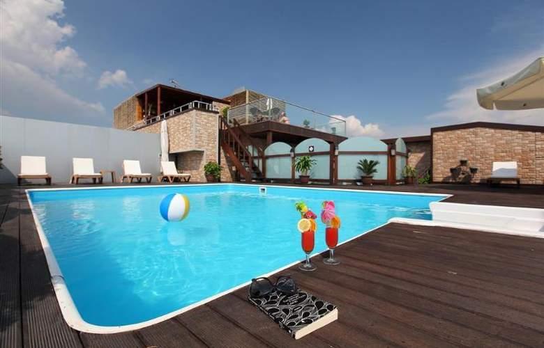 Vicenza - Pool - 4