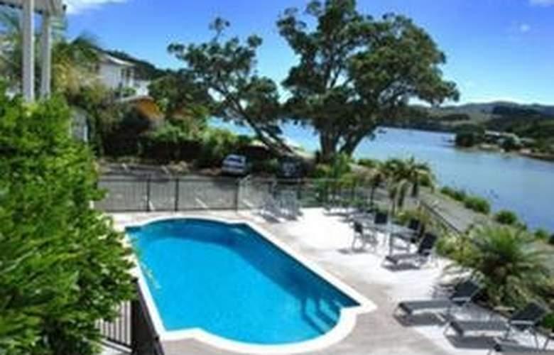 Acacia Lodge Motel - Pool - 2