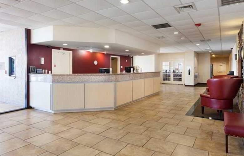 Red Roof Inn Galveston Beachfront / Convention Center - General - 1