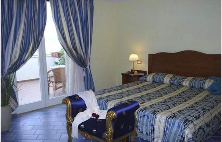 Baia - Hotel - 3