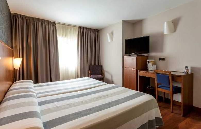 Nuevo Torreluz - Room - 21
