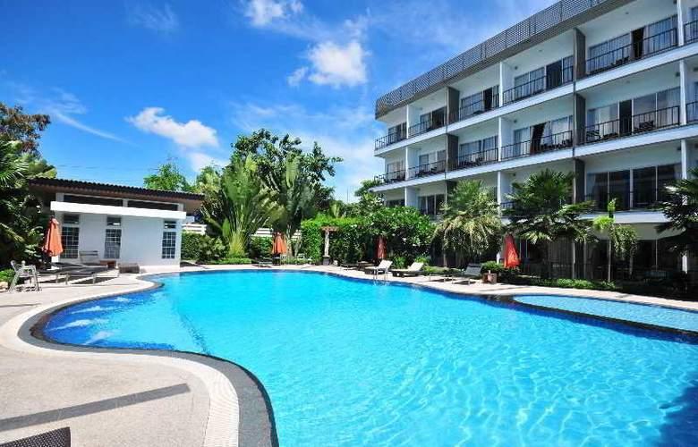 BS Premier Airport Hotel - Pool - 15