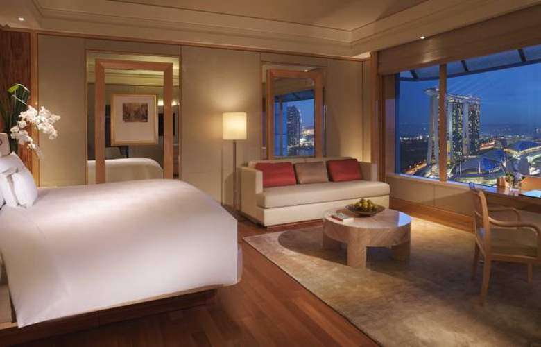 The Ritz Carlton Millenia Singapore - Room - 1