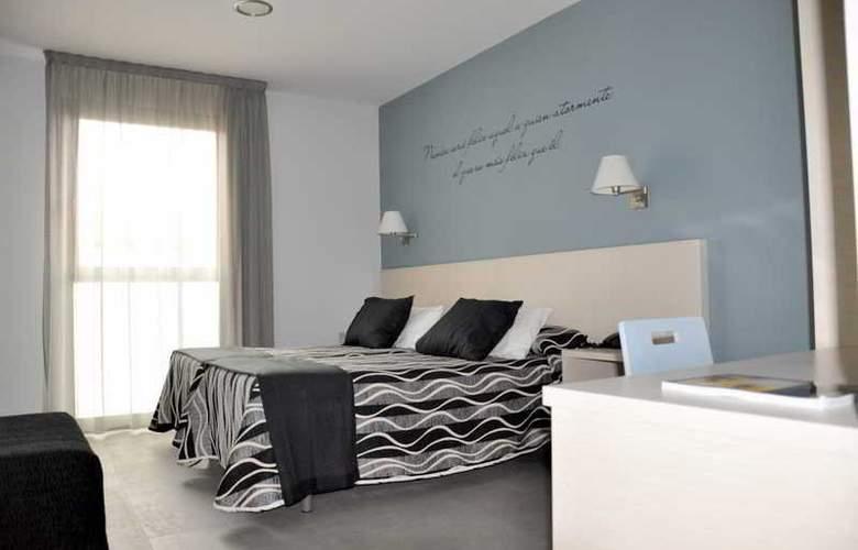 Sercotel HM Alfaro - Room - 9