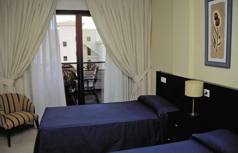 Albir Confort Nuevo Golf - Room - 1