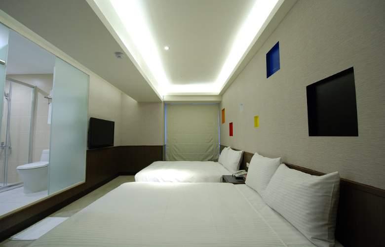 Diary - Room - 6