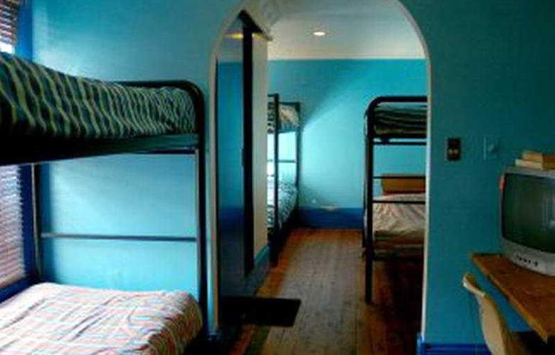 Great Aussie Backpackers - Room - 2