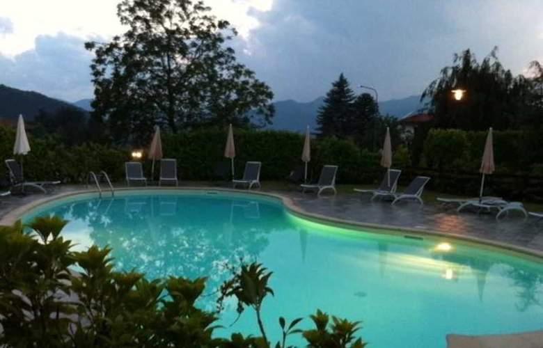 Cortese - Pool - 2
