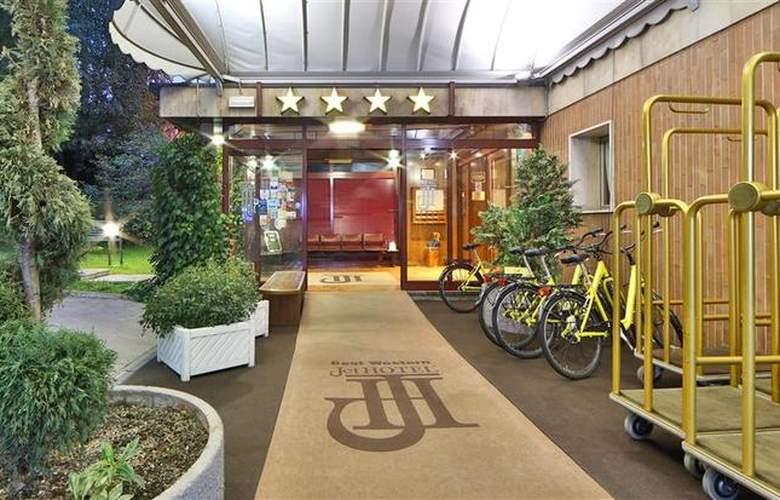 Best Western Jet Hotel - Hotel - 42
