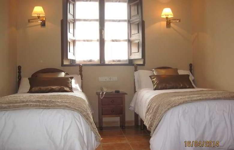 Entremontes - Room - 10