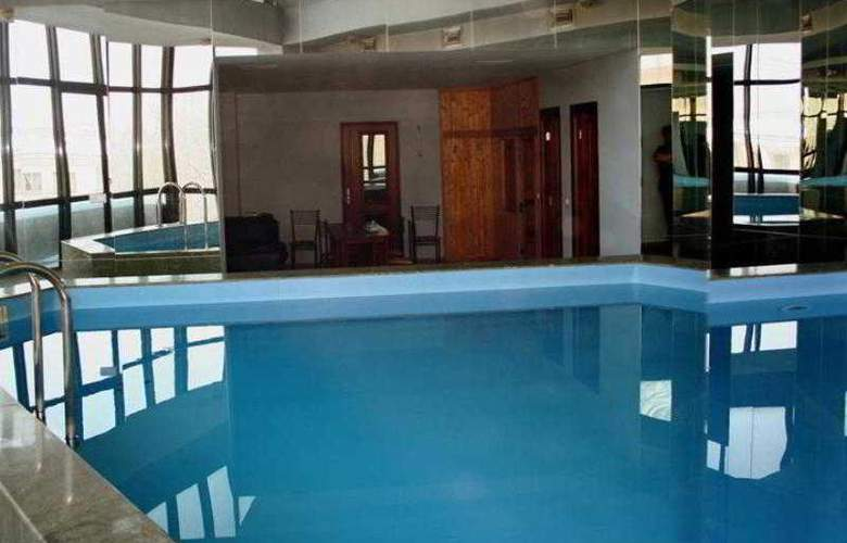 Ararat Hotel - Pool - 8