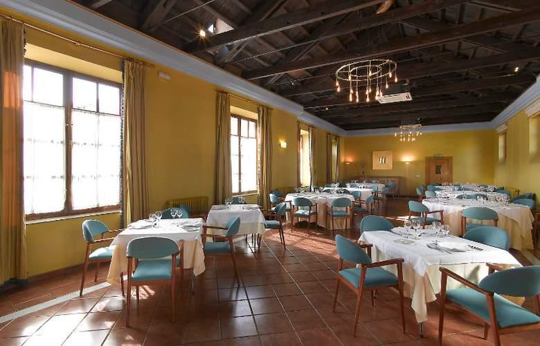Macià Monasterio de los Basilios - Restaurant - 12