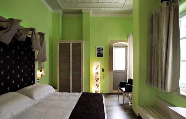 Fatma - Room - 7
