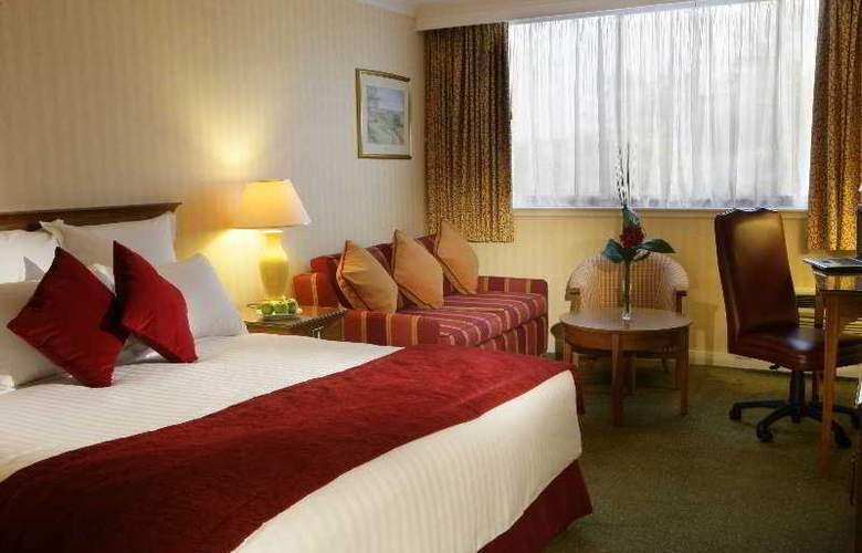 Swindon Marriott - Room - 3