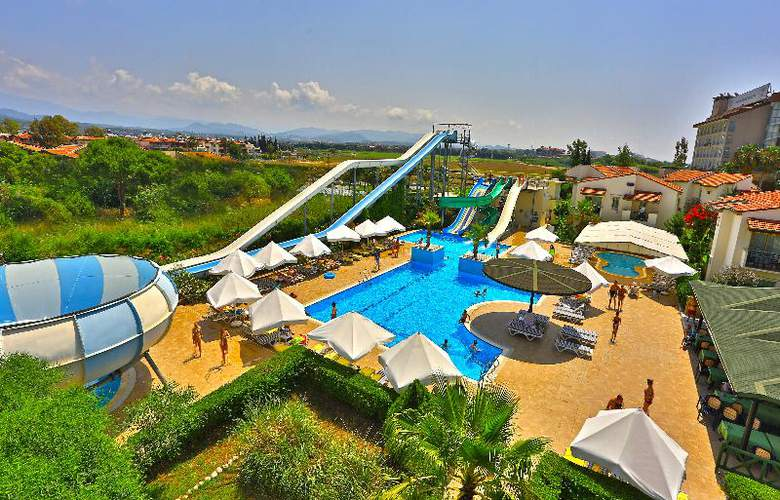 Lyra Resort - Pool - 39