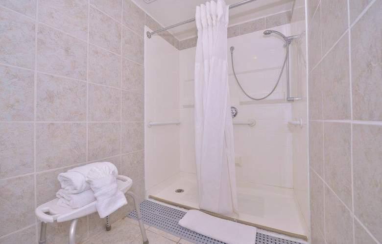 Best Western Plus Innsuites Phoenix Hotel & Suites - Room - 36