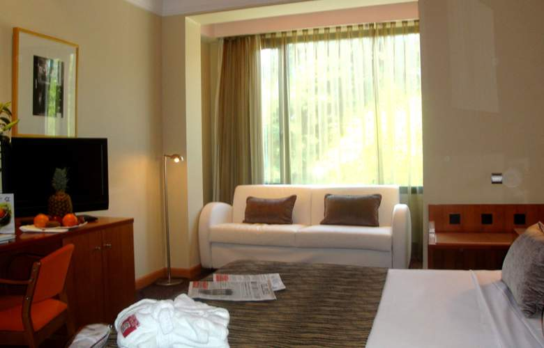 Petit Palace Arturo Soria - Room - 8