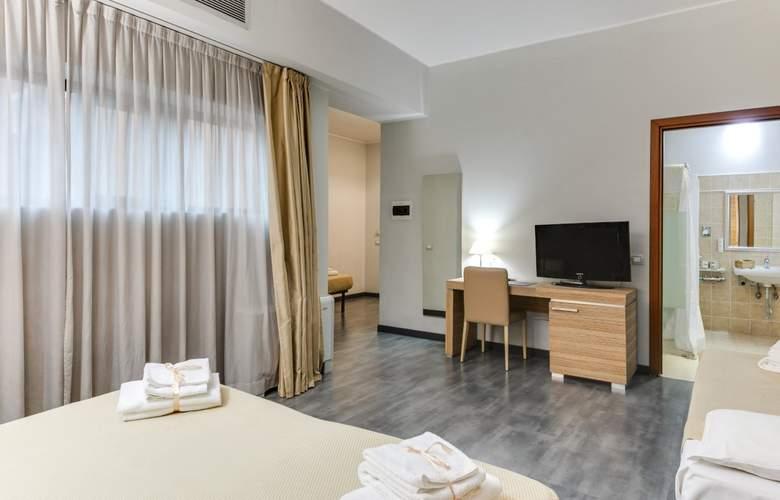 Smy Area Roma - Room - 16