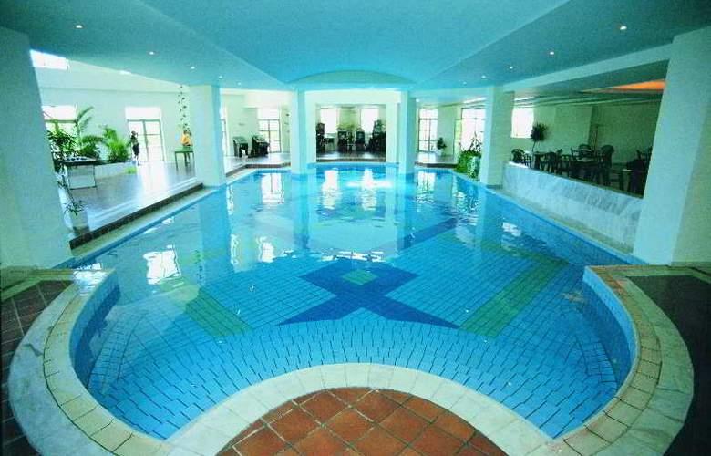 Mitsis Rodos Maris Resort & Spa - Pool - 5