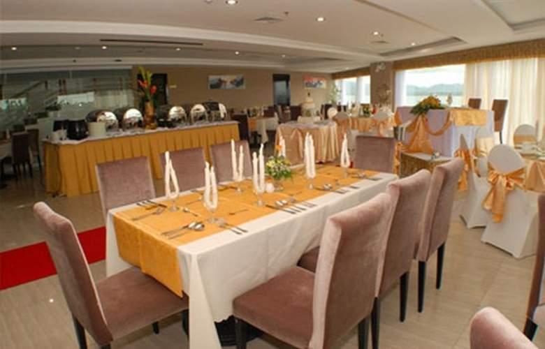Sunlight Guest Hotel - Restaurant - 4
