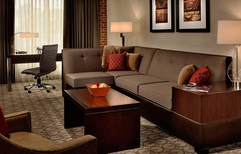 Doubletree by Hilton Hotel and Suites Charleston Airport - Room - 6