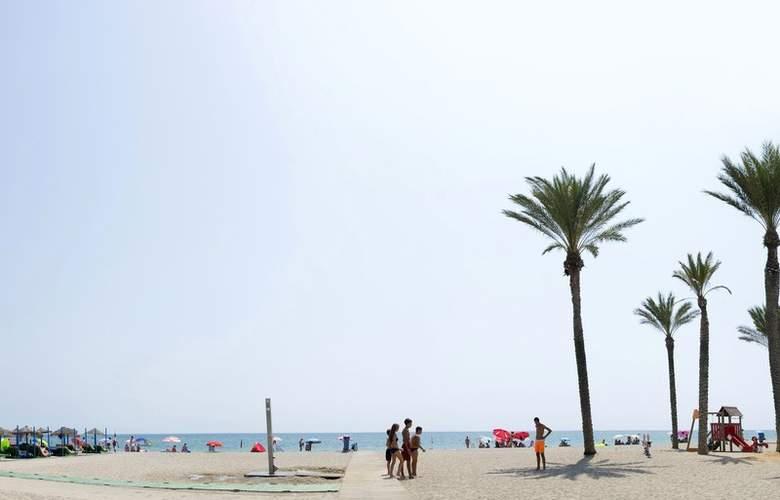 Roc Golf Trinidad - Beach - 4