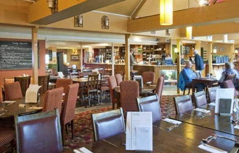 St Leonards Hotel - Bar - 3