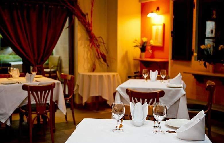 Best Western Premier Collection City Sofia - Restaurant - 76