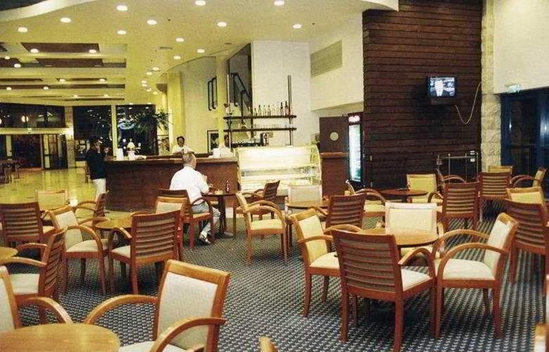 Kibbutz Maagan - Bar - 8