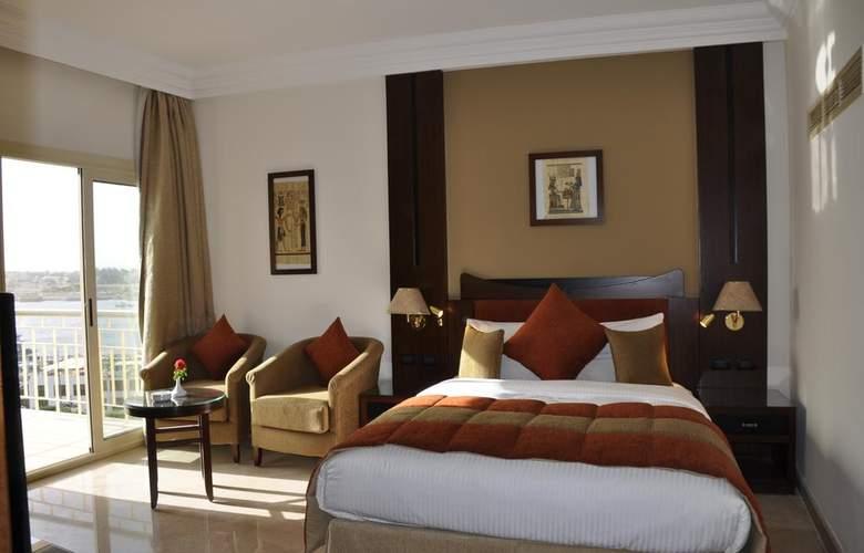 El Luxor - Room - 9
