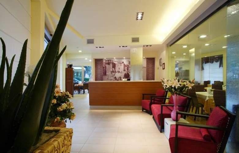 Daniele - Hotel - 1