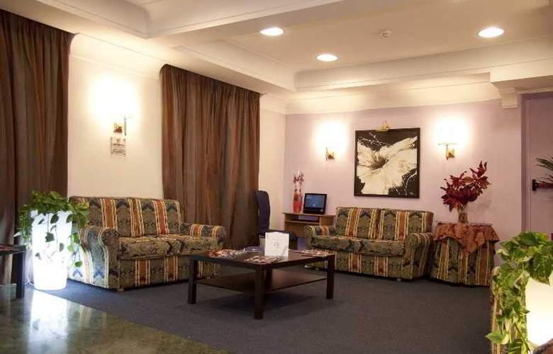 Delle Province - Hotel - 8