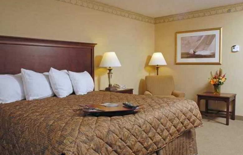 Hampton Inn Raynham-Taunton - Hotel - 10