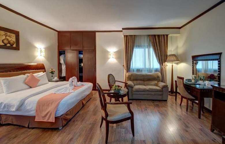 Tulip Inn Sharjah - Room - 6