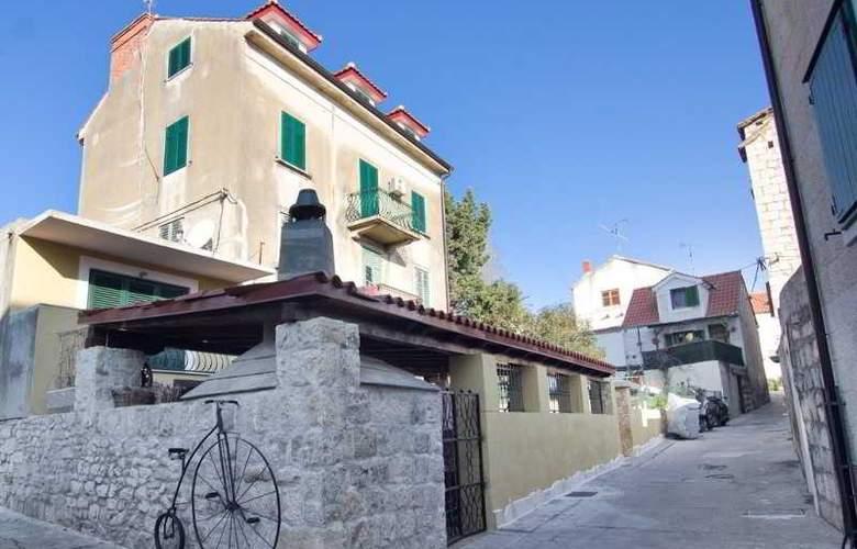 Apartman Sanda - Hotel - 0