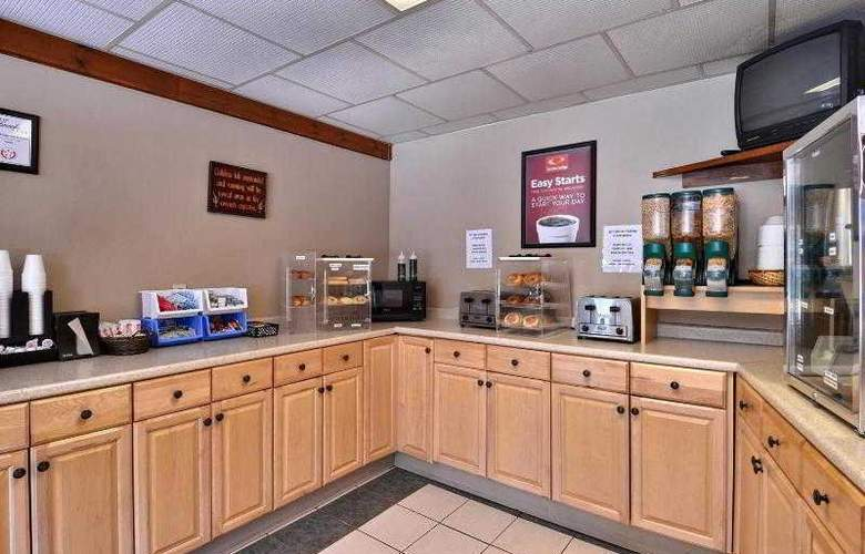 Econo Lodge Inn & Suites - Restaurant - 31