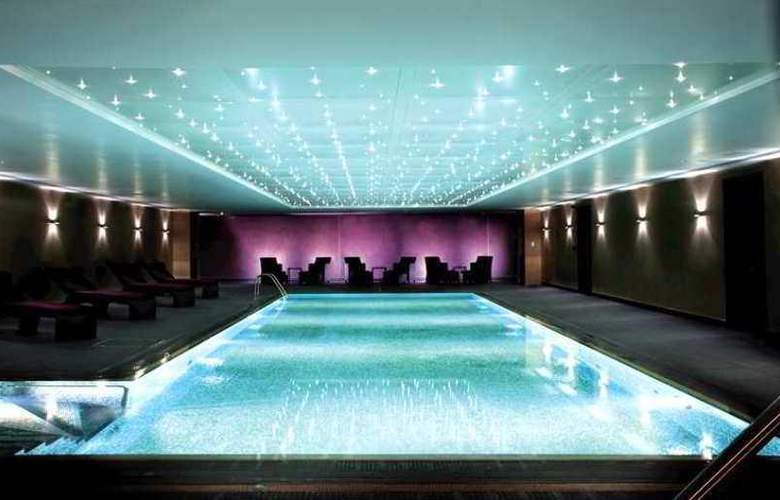 Hilton London Syon Park - Pool - 3