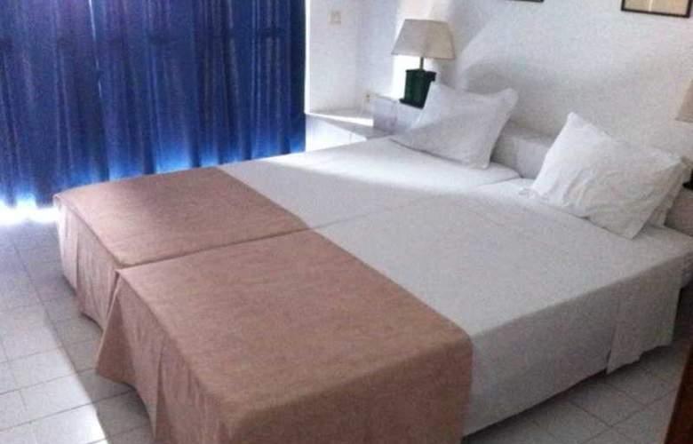 Almar - Room - 0