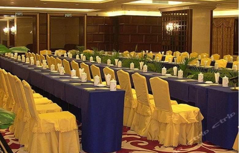 Grand International - Conference - 12