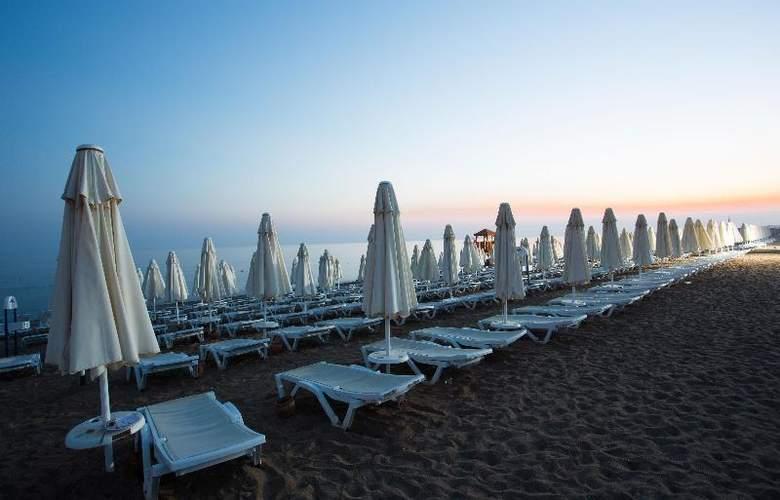 Water Side Delux Resort - Beach - 67