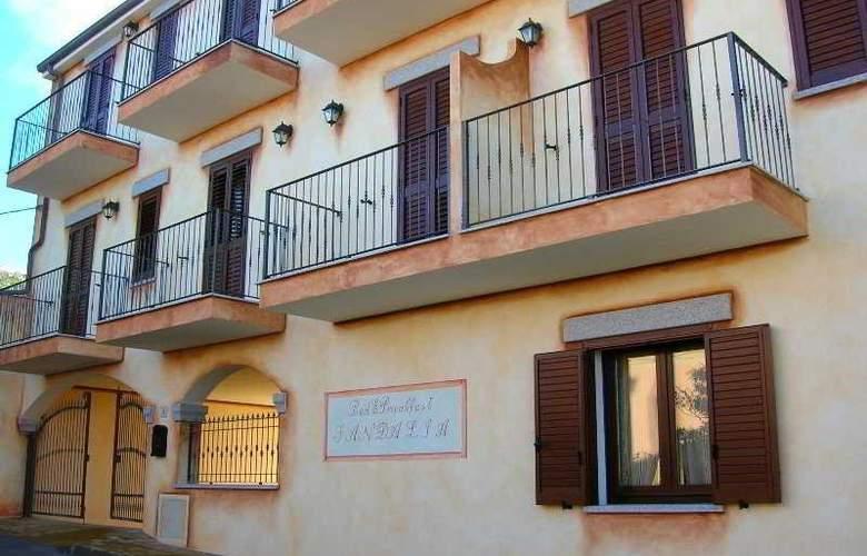 Sandalia - Hotel - 0