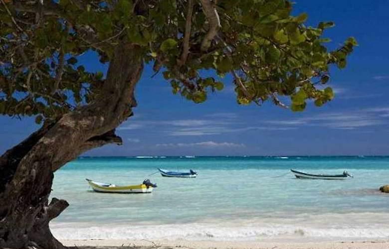Sanctuary Cap Cana by Playa Hotels & Resorts - Beach - 8