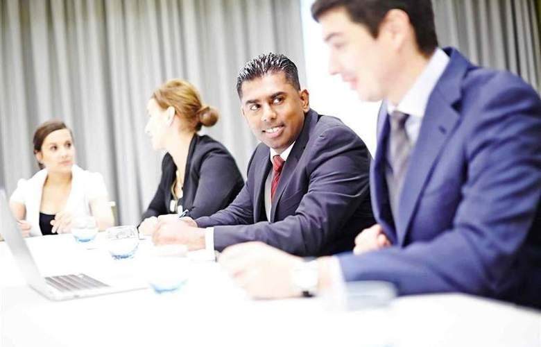 Novotel London Brentford - Conference - 62