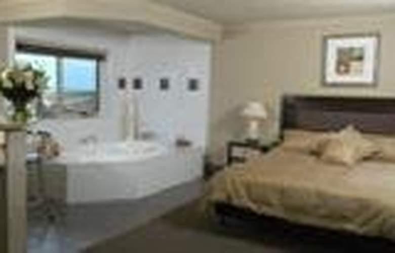 Comfort Inn On Raglan - General - 3