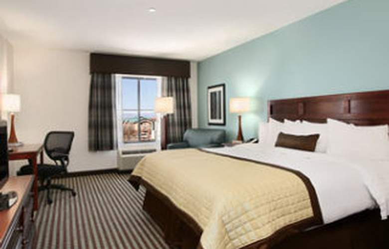 Baymont Inn & Suites Denver International Airport - Room - 6