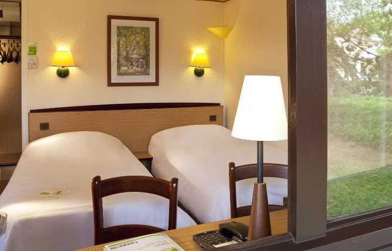 Campanile Lourdes - Room - 0