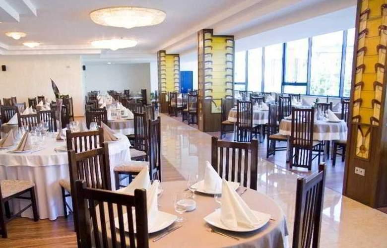 Grand - Restaurant - 7