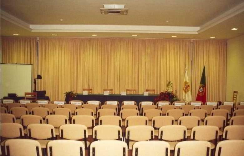 Cabecinho - Conference - 7