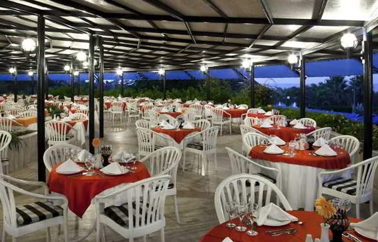 Sunrise Park Resort & Spa - Restaurant - 6