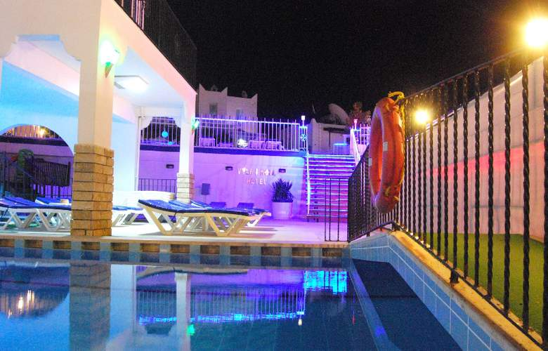 Vela - Pool - 6